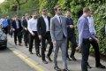 Latvijas hokeja izlasi sagaida piederīgie un draugi