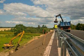 Fotoreportāža: uz Liepājas šosejas veic divu tiltu rekonstrukciju