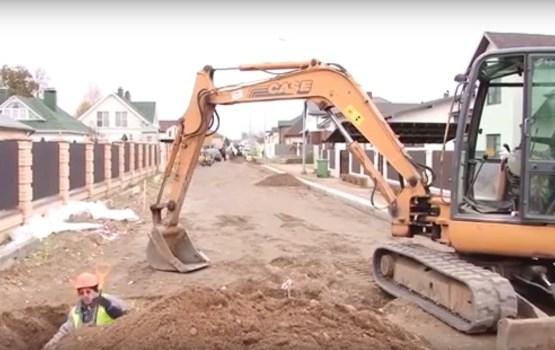 Ruģeļos pabeigti Senlejas un Strautu ielu asfaltēšanas darbi