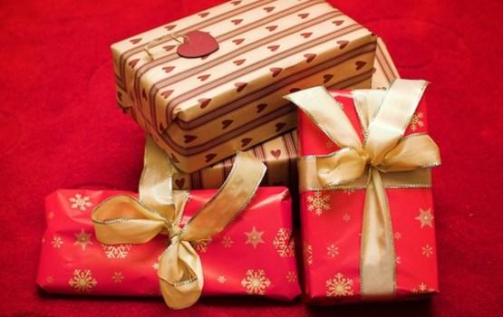 Kā Ziemassvētku pirkumos neatstāt maciņu sausu? Pieci vērtīgi padomi