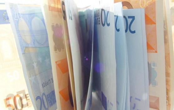 Valdība apstiprina pabalsta apmēru bēgļiem - 139 eiro