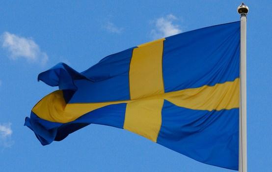 Zviedrija uz robežas ar Dāniju uzsāk personu dokumentu pārbaudi