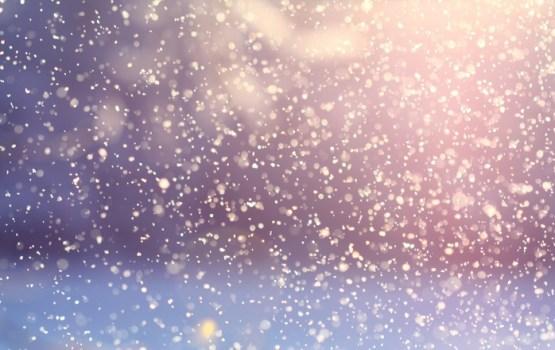 Dienā gaidāms sniegs, caur mākoņiem uzspīdēs saule