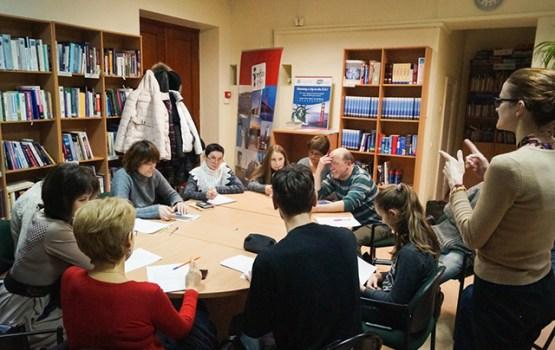 Aicina pieteikties bezmaksas angļu valodas kursiem bibliotēkā
