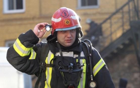 Ugunsgrēkā Jēkabpils pusē cieš 42 gadus vecs vīrietis