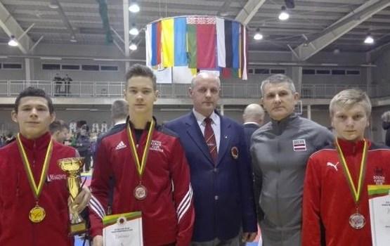Trīs karatistu godalgas prestižās sacensībās Lietuvā