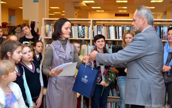 """Saules skolas grafikas izstāde """"Daugavpils ceļi un virzieni"""""""
