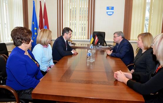 Ukrainas ārkārtējā un pilnvarotā vēstnieka vizīte Daugavpilī
