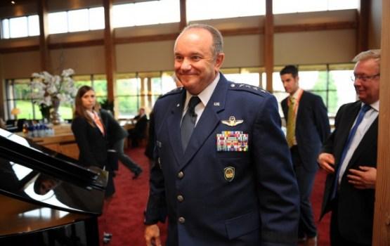 Brīdlovs: Putins ir izveidojis spēcīgu armiju