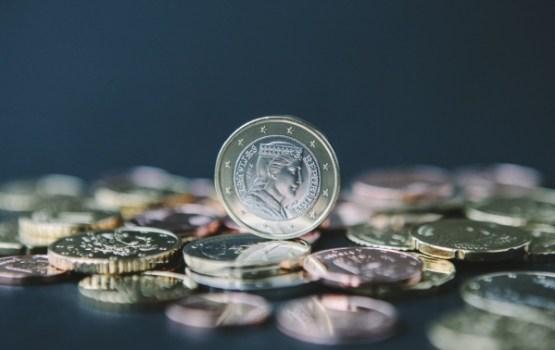 """""""ManaBalss"""" vāc parakstus par minimālās algas palielināšanu"""