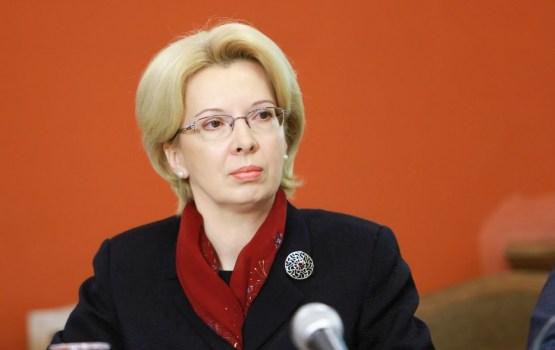 """Mūrniece atzinīgi novērtē Jauniešu Saeimu,""""kas pēc dažiem gadiem noteiks toni valstī"""""""