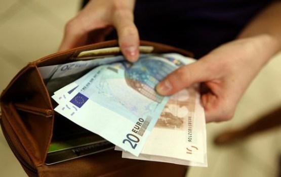 Aptauja: 68% iedzīvotāju 4.maija svētku mielastam plāno tērēt līdz 25 eiro