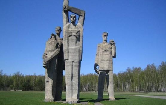 Salaspils memoriālā pieminēs nacisma sagrāvi