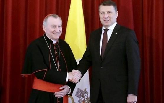 Vējonis atkārtoti uzaicina pāvestu Francisku apmeklēt Latviju