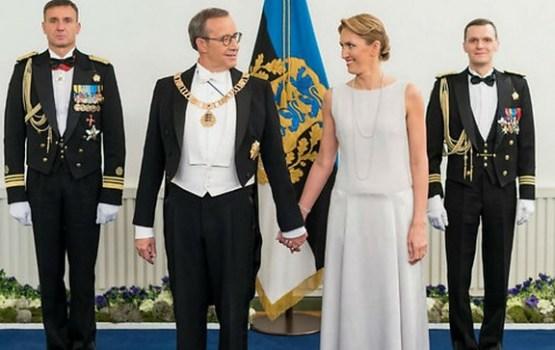 Igaunijas pirmais pāris paziņo par gaidāmo ģimenes pieaugumu