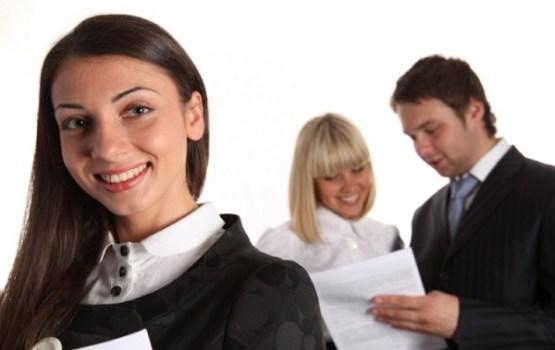 Aptauja: atbilstoši pirmajai iegūtajai izglītībai strādā 35%