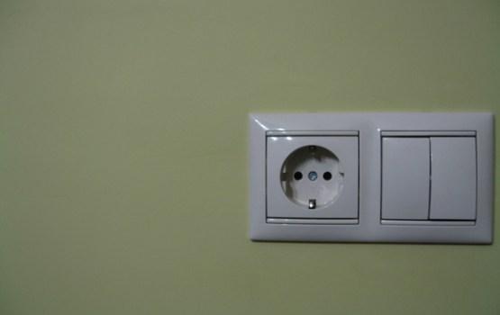 Svētdienas rītā bez elektrības vairāk nekā 1000 mājsaimniecību