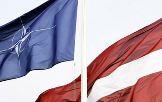 ASV sauszemes spēku pavēlnieks Eiropā: NATO šobrīd nespēj aizsargāt Baltijas valstis
