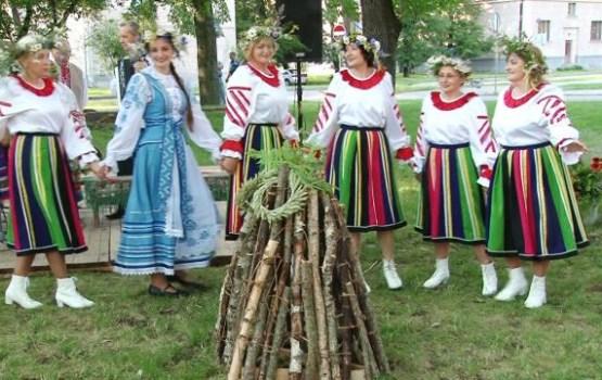 Kupalle svētki Dubrovina parkā