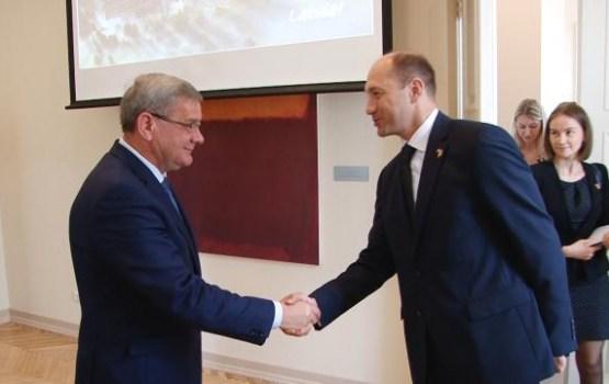 """J.Revenko: """"Ir jāattīsta abpusēji izdevīga sadarbība dažādās jomās"""""""