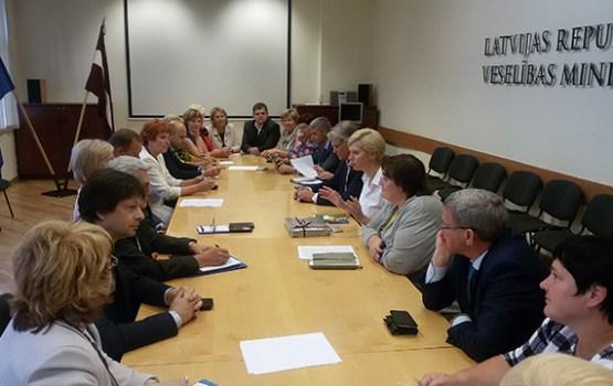 Pašvaldību vadītāji tikās ar Veselības ministrijas darbiniekiem