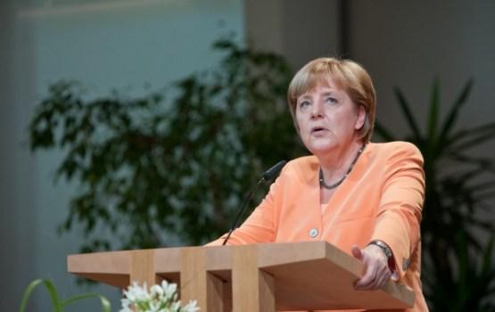 Merkeles partija vēlēšanās Berlīnē saņēmusi rekordzemu atbalstu