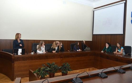Pilsētas dome aicina skolēnus iepazīties ar Daugavpils pašvaldības darbu
