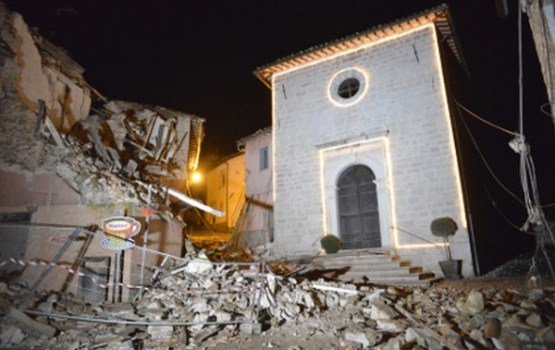 Itālijas vidieni satricina divas zemestrīces
