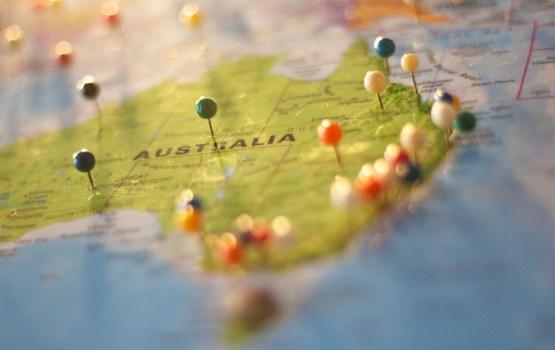 Tūkstoši Austrālijā protestē pret valdības stingro patvēruma politiku