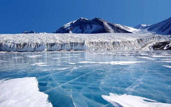"""Ledus platība pasaules jūrās sasniegusi """"fenomenāli"""" zemu līmeni"""