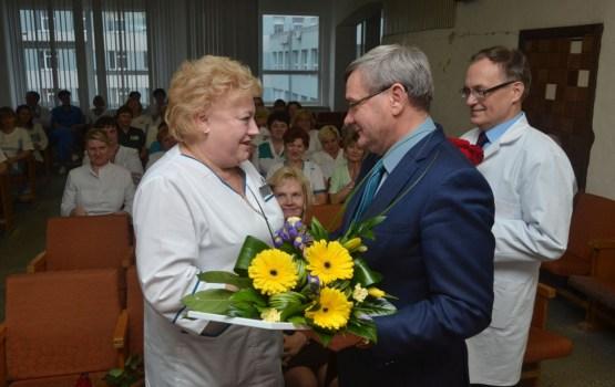 Daugavpils mediķiem pasniedza Goda rakstus