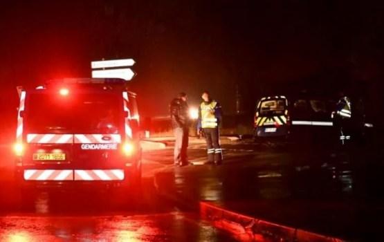 Bruņots vīrietis Francijā iebrūk misionāru pansionātā un nogalina sievieti