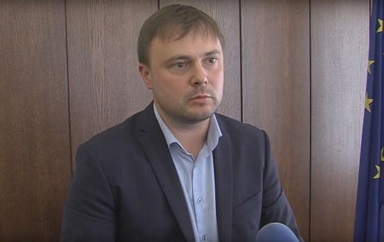"""Ar ko Latvijas dzelzceļā nodarbojas viens no """"Saskaņas partijas"""" līderiem Dmitrijs Rodionovs?"""