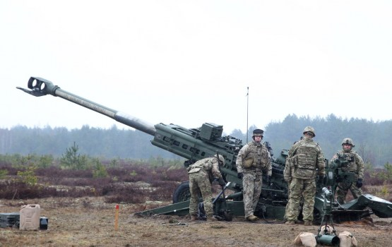 Igaunijas premjeram un Vējonim vienota nostāja par nepieciešamību stiprināt aizsardzības nozari