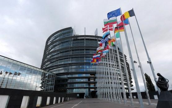 EP balsos par  realitātei atbilstošāku stratēģiju attiecībām ar Krieviju