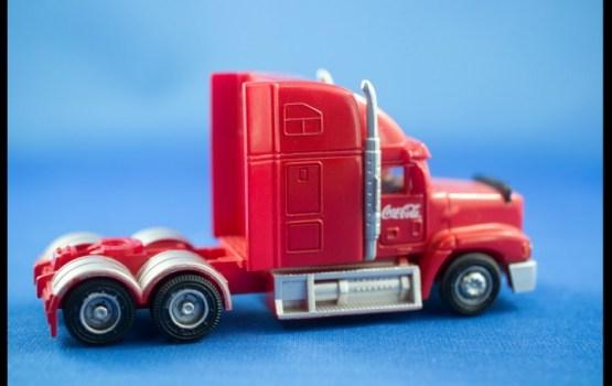 Vinjete būs jāmaksā arī par kravas transportlīdzekļiem ar svaru virs 3000 kilogramiem