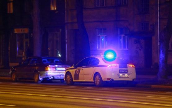 Policijas pārstāve: Svētkus svinēt vēl neprotam