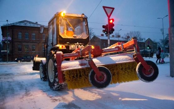 Daugavpils dienesti sniegputeņa laikā strādāja pastiprinātā režīmā