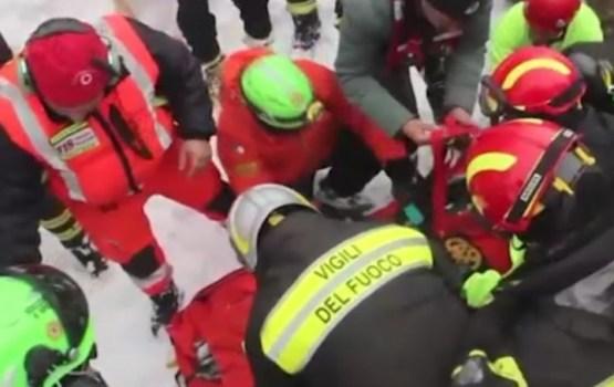 Atrasti pēdējie Itālijas lavīnas upuri; kopā 29 bojāgājušie