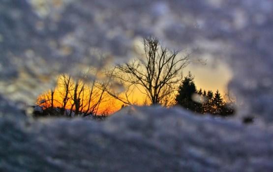Sniega segas biezums valsts lielākajā daļā nepārsniedz 10 cm, citviet pastiprinās kailsals