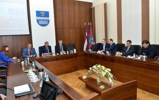 Saeimas deputāti atbalstīs Daugavpils centienus attīstīt sporta infrastruktūru