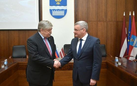 Daugavpili apmeklē jaunais Krievijas Federācijas vēstnieks Latvijā