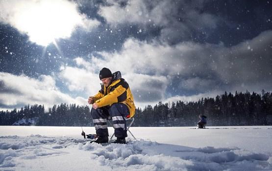 Aizliegts atrasties uz ledus Daugavā