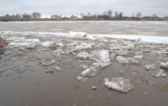 Ūdens līmenis Daugavā ir krities