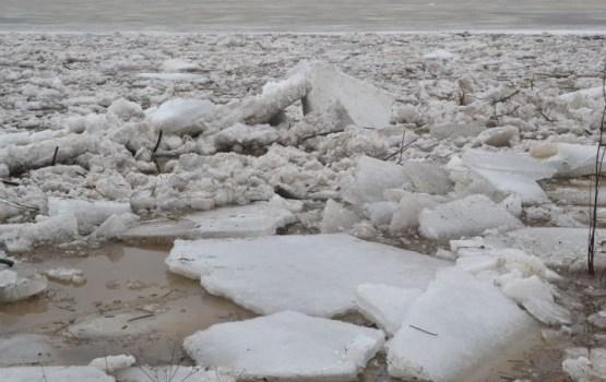 Daugavā saglabājas augsts ūdens līmenis, citviet situācija mierīga