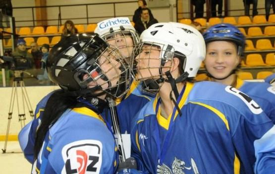 8. reizi 8. martā Daugavpilī sieviešu hokeja spēle