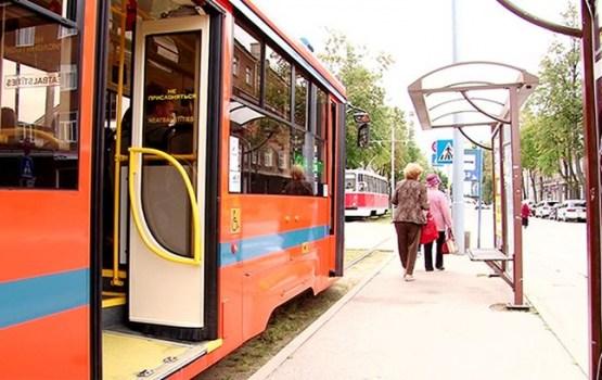 Daugavpils centrā būs jauni tramvaja pieturu paviljoni