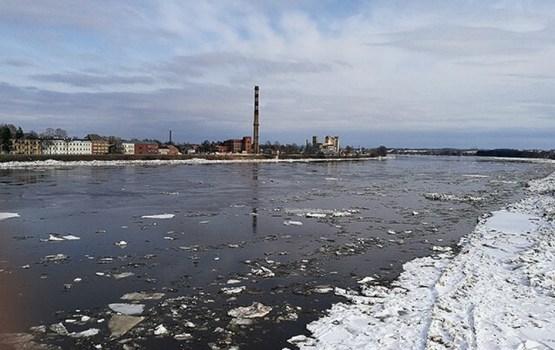 Ūdens līmenis Daugavā krities
