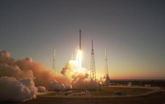 """""""SpaceX"""" veic pirmo atkārtoto vairākkārt lietojamās raķetes startu"""