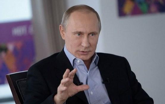 Putins parakstījis dekrētu, kas ļauj visiem Latvijas un Igaunijas nepilsoņiem iebraukt valstī bez vīzas